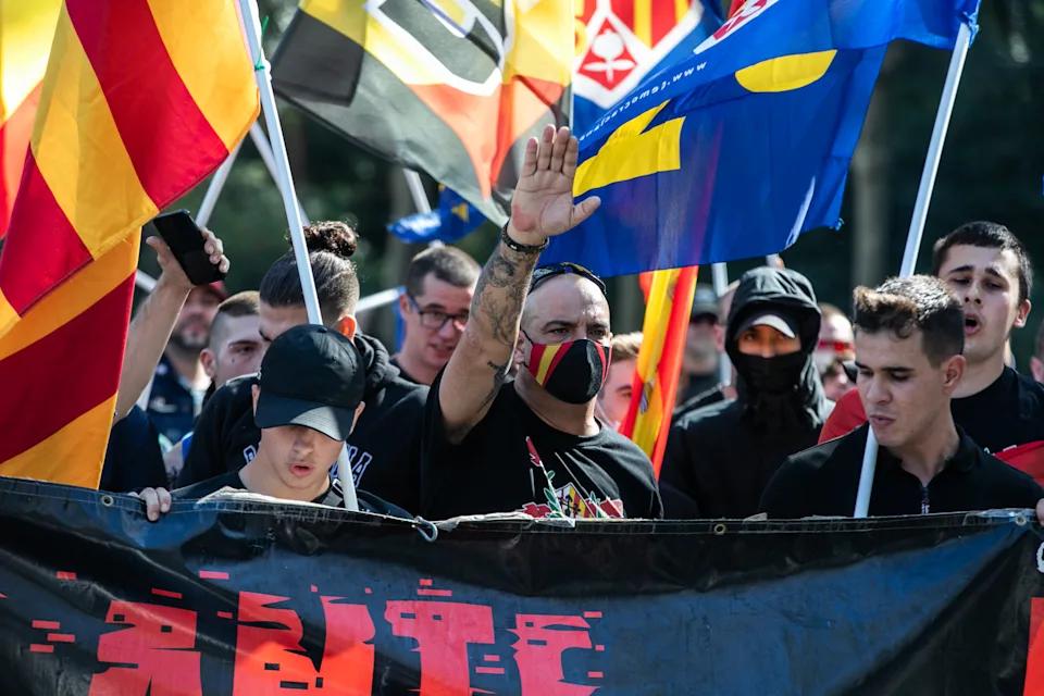 fascistas 4.png