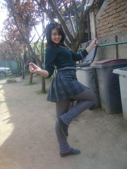 Minifalda de negro - 3 3
